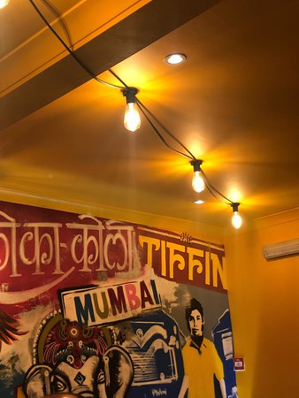 Tawa-Roadside Indian: Love the food here, first time visit. Food is so tasty, much more than the regular local indian. Great people, great service, great atmosphere. Decor is vibrant.