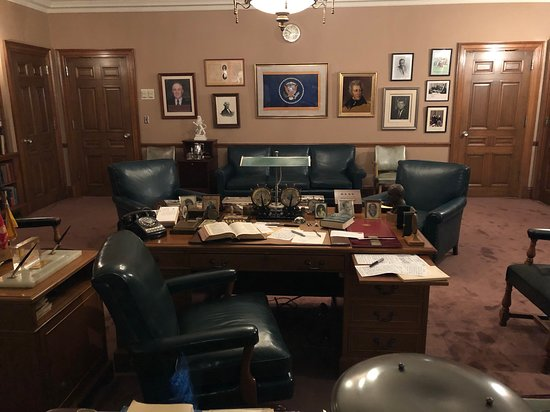Harry S. Truman Library and Museum: President Truman's personal office in the library and museum