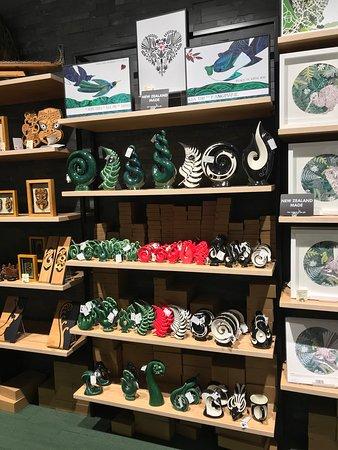 Arataki Ceramics, New Zealand made art and gifts