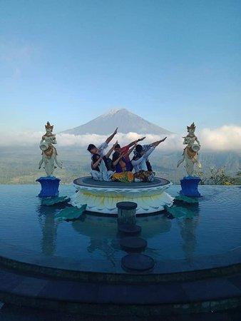 West Nusa Penida, half and full day charters with Kadek