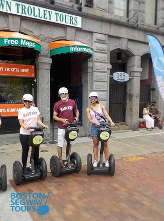 Visiting #Boston soon to show your #kids around #colleges like #Harvard, #MIT, #Berklee or #BU ? Let us showcase this great #city to your #family on a #Segway #Tour! 😎www.bostonsegwaytours.net