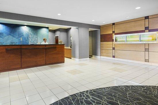 SpringHill Suites Wheeling Triadelphia Area: Lobby