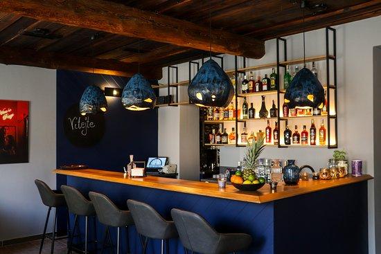 Zábreh, Tsjekkia: Nově otevřený bar v zábřeze