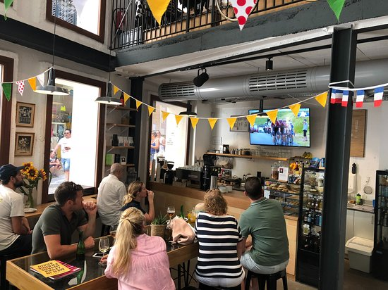 The cafe has a wide offer of food and drinks, including vegan options. A perfect place to stop for a cafe and enjoy the best of cycling.