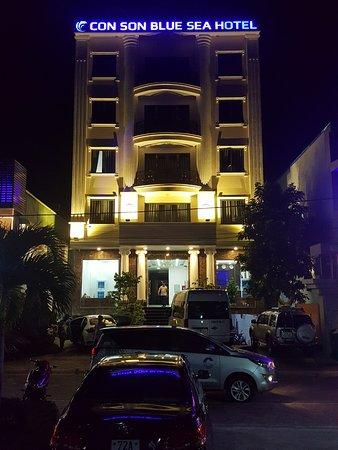 Con Dao Islands, Vietnam: Con Son Blue Sea về đêm