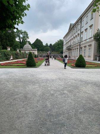 Дворец и сады Мирабель: MPG 11