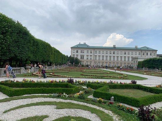 Дворец и сады Мирабель: MPG 13