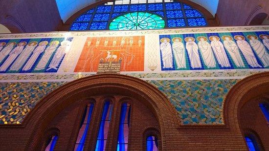 National Sanctuary of Our Lady of Aparecida: Basílica nova (New Basilica)