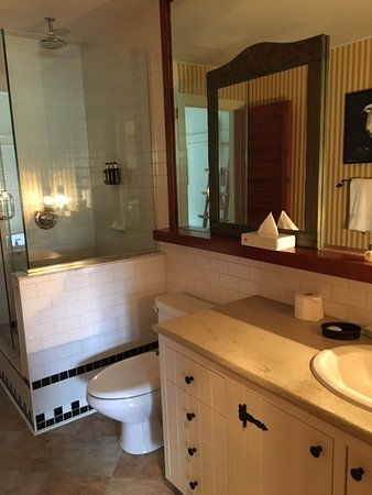 Bathroom, one-bedroom unit. Tub is outside enclosed bathroom, more in the bedroom.