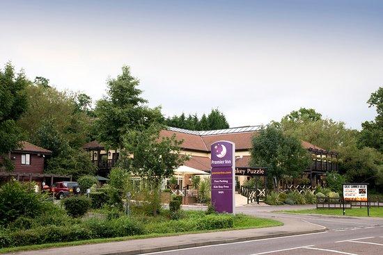 Premier Inn Chessington hotel