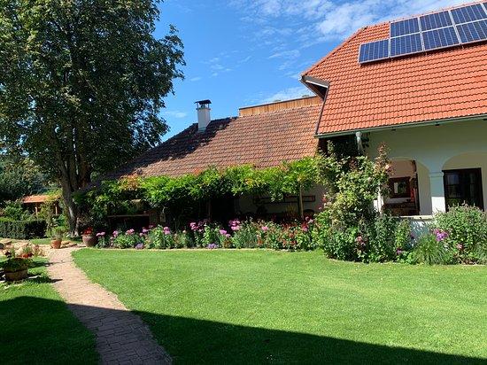 Gerersdorf bei Güssing, Österreich: Innenhof Der Arkadenhof
