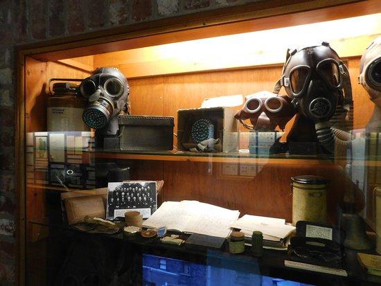 写真Eden Camp Modern History Theme Museum枚