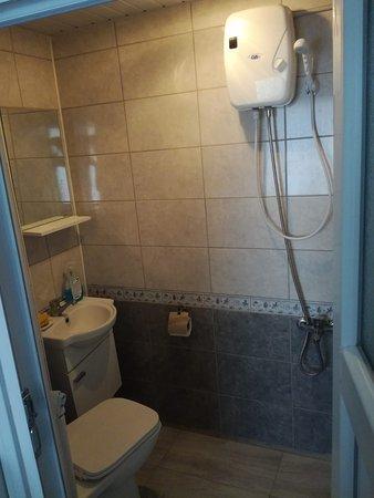 Resadiye, تركيا: Temiz ve Konforlu şekilde dizayn edilmiş bir apart otel. Günlük ya da aylık kiralayabilirsiniz. Tüm ev eşyaları mevcuttur.