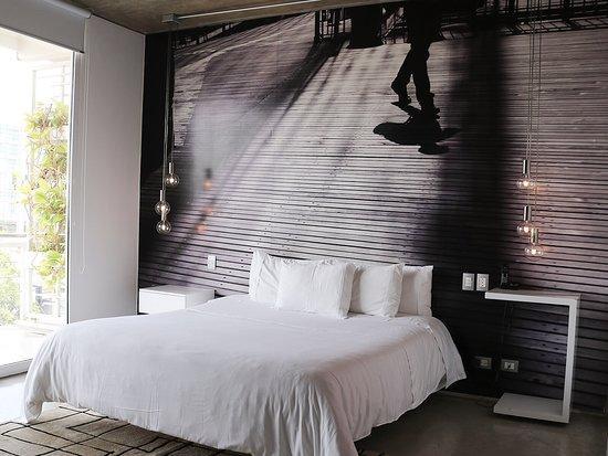 Now Hotel