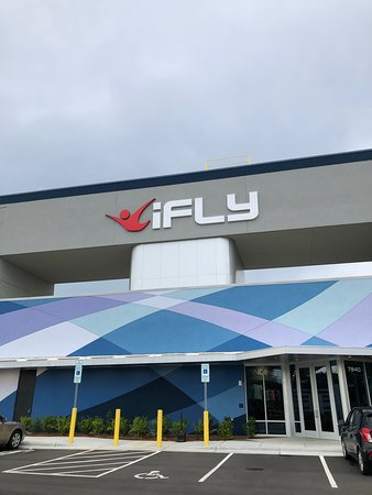 ‪iFLY Charlotte (Concord)‬