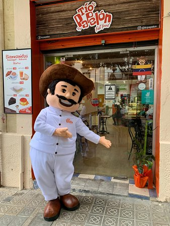 Nuestro restaurante te espera muy cerca de LA SAGRADA FAMILIA, en Barcelona. Muy buena comida recomendada, la mejor atención y calidad.
