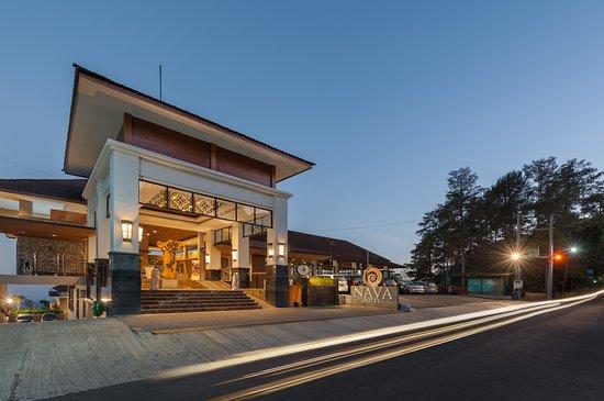 Welcome to Nava Hotel Tawangmangu