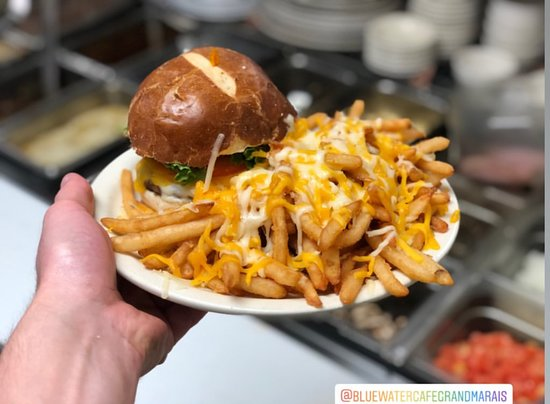 Deluxe Burger with Poutine Fries