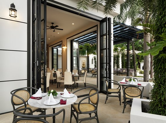 Chanalai Romantica Resort - Stardust Restaurant