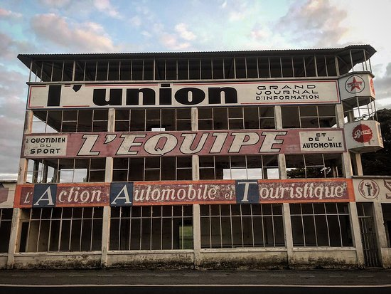 Circuit de Reims-Gueux: Reims Circuit at first light