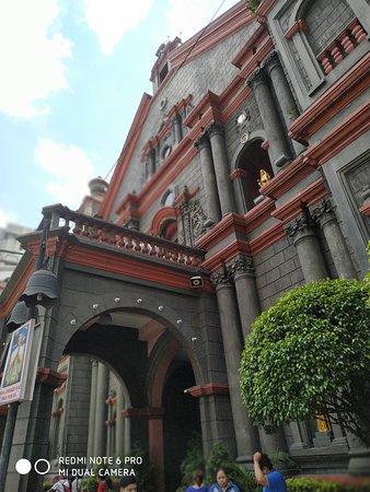 Minor Basilica San Lorenzo Ruiz in Binondo, Manila. This is near Chinatown and Divisoria where one can shop.