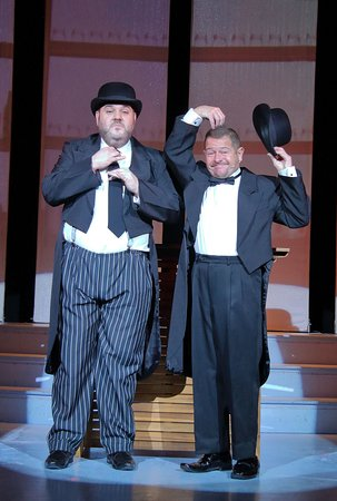 Darren Lake & Dean Winters, doing justice to the amazing talents of Laurel & Hardy in the show STARBURST
