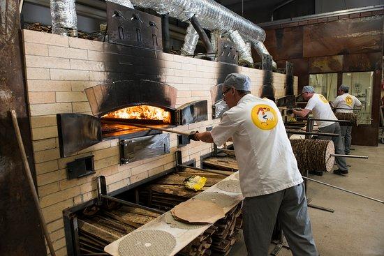 Glad bagare satsar nytt i Stora Skedvi