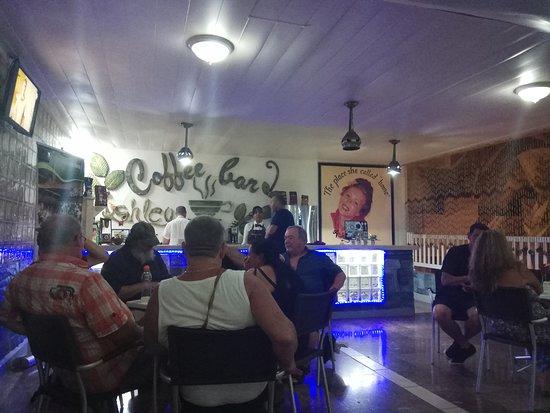 Кафе-бар Asgley Cafe
