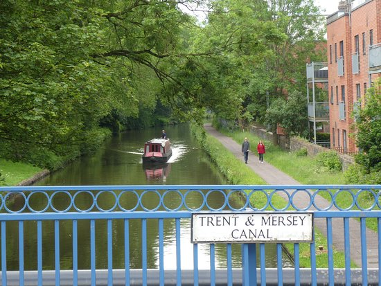 Trent and Mersey Canal at Stoke