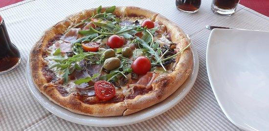 Pizzeria Kabalero: Pizza.