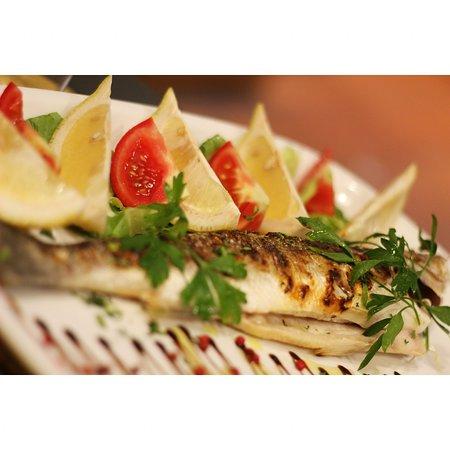 Spigola alla griglia! 🍋🍅🐟  #fish #tradition #italianfood #italianrestaurant #campodefiori #virgilio