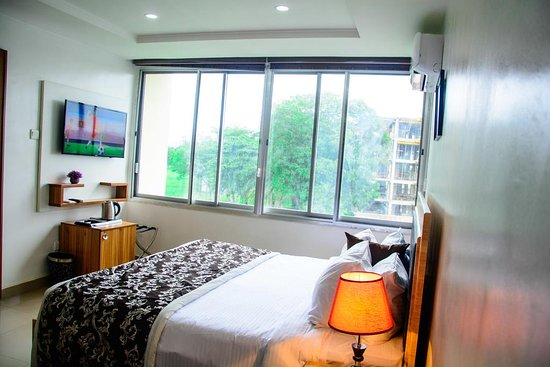 Executive Suite with Golf Terrace