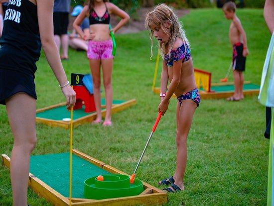 Portofino Island Resort: Kid's Activities: Mini Golf