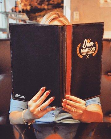 Dúvida cruel!!! Pizzas ou Petiscos? Carnes ou Massas? À La Carte ou Self Service? Chopp ou Drink?  O seu dia fica muito mais gostoso no DOM MARLON.