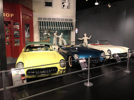 National Corvette Museum: the early ones