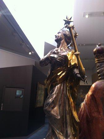 Centre Charlemagne: Mariabeeld uit voormalige Mariakerk