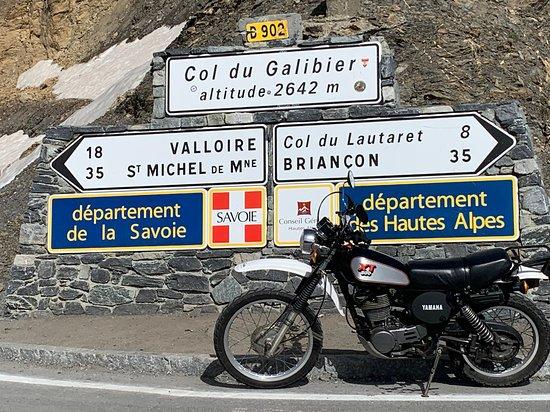 Bozel, Francja: découverte des cols mythiques de Savoie