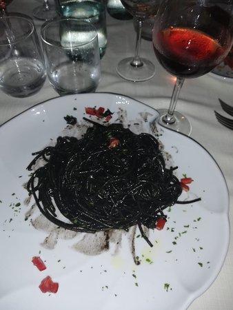 Ristorante Da Agostino: Il nero di seppia ... sfina!!!