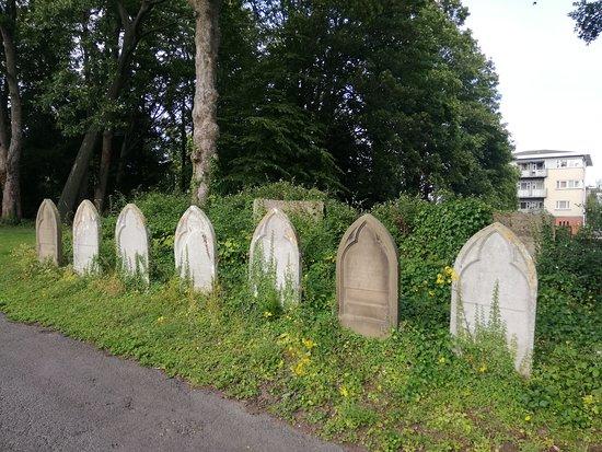 Basingstoke, UK: 20-06-2019_Holy Ghosts Cemetery_9