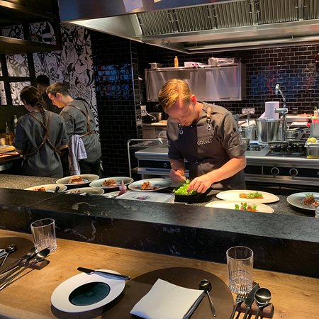 Unexpected experience just unbelievable don't waste your time on the menu just request the surprise menu and let the Michelin star chef surprises you