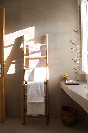 Cunda Sakin Otel: Çift Kişilik Oda | Double Room