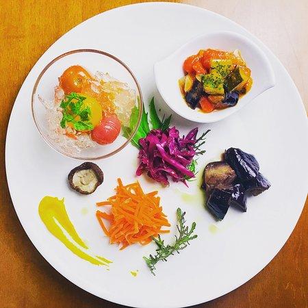 HIROSHIMA ITALIAN AO: 野菜の前菜5種盛り🍆🍅🥕
