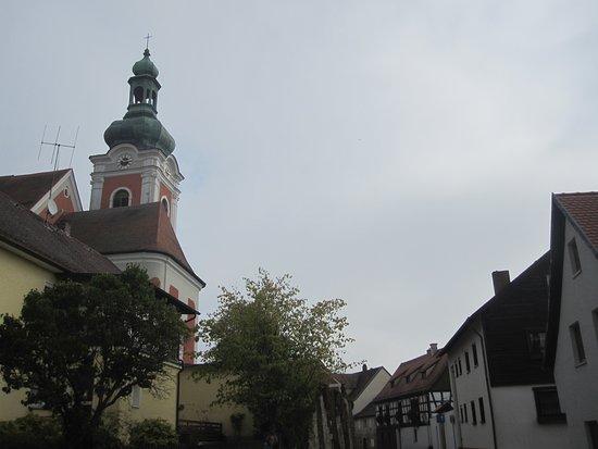 Kirchturm der Pfarrkirche St. Laurentius (2)