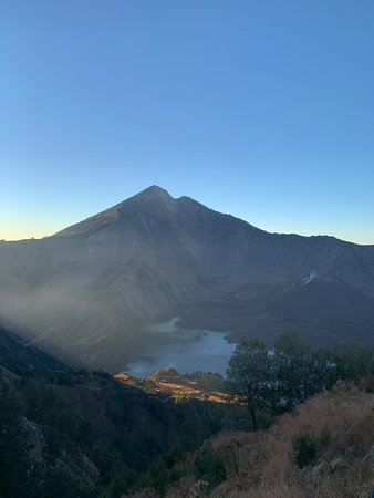 Good way to get up Mt. Rinjani for the 2D 1N