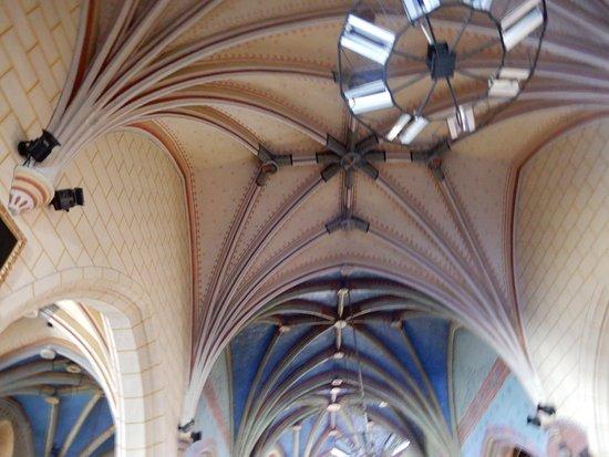 liernes rib vaulted ceiling