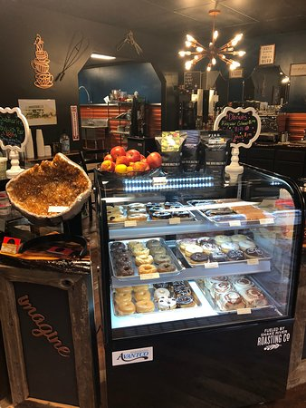 Kodi Rae's Coffee & Bakery: World famous 🍩