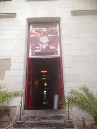 Le Patio'nnement: Main entrance