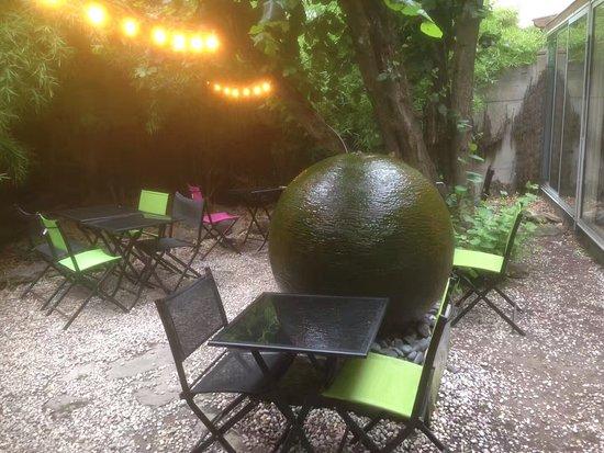 Le Patio'nnement: The garden