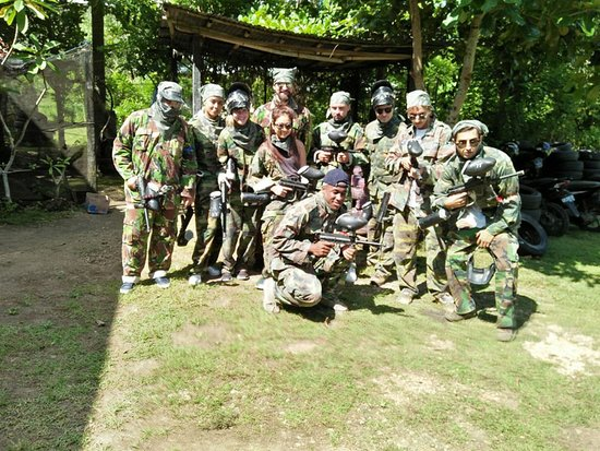 Jimbaran Hill Paintball by Bali Paintball Arena: Photo session first.