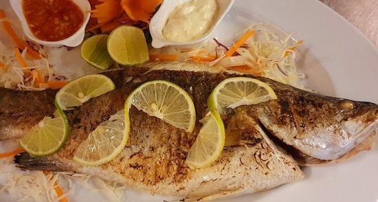 Sala Thai Art Gallery & Restaurant: Grilled fish